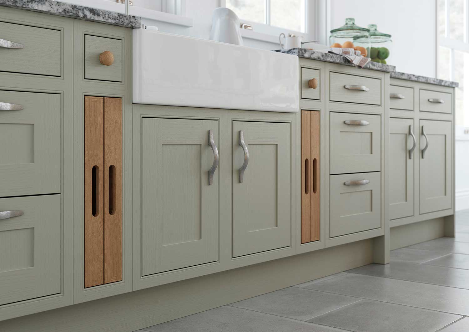 Classic shaker kitchen with Belfast Sink