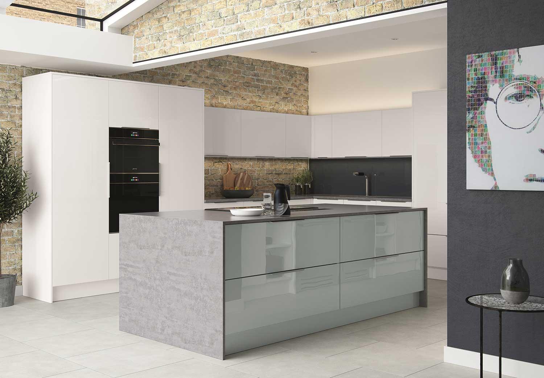 Lastra contemporary kitchen shown in White Gloss Acrylic _ Atlantic Metallic