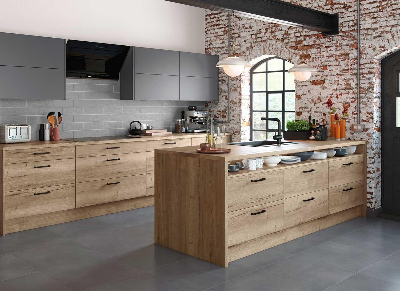 Lastra modern kitchen shown in Natural Oak _ Dust Grey Soft Matt