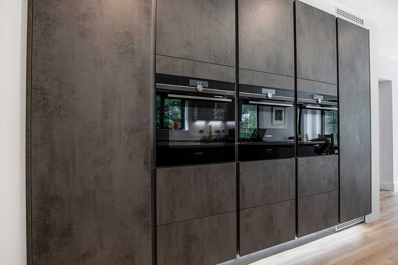 True handleless style kitchens